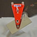 Ремонт лобового стекла (в скол заливается полимер)